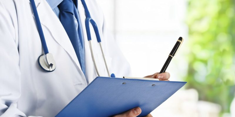 How to Choose the Right Health Insurance - Natural Seeker