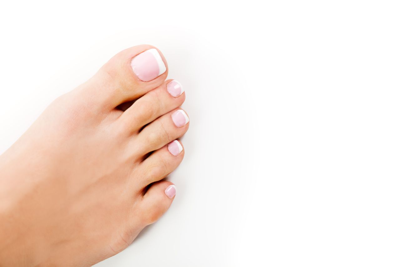 How to Get Rid of Toe Fungus - Natural Seeker